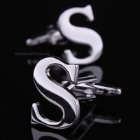 Manžetové gombíky s písmenom S