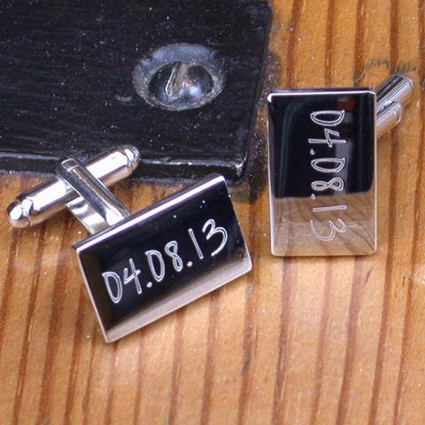 Manžetové gombíky s dátumom svadby
